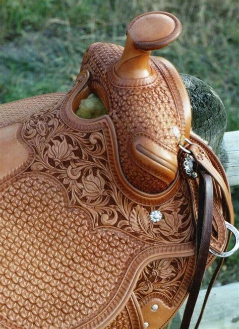 saddle makers marks horse saddles cowboy mark star maker western leather cowgirl auction