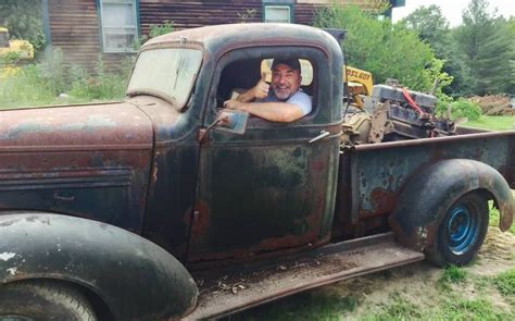 straight outta  barn  chevrolet pickup