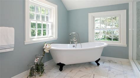 popular paint colors  small bathrooms  bathroom