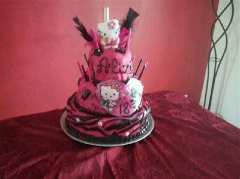 gateau anniversaire pate a sucre adulte g 226 teau en p 226 te 224 sucre anniversaire adulte