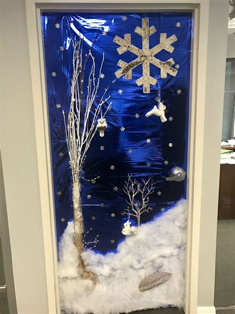christmas door decorating contest winter wonderland