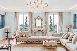 Salon Classique Chic : appartement de luxe triangle d 39 or paris classique chic salon paris ~ Dallasstarsshop.com Idées de Décoration