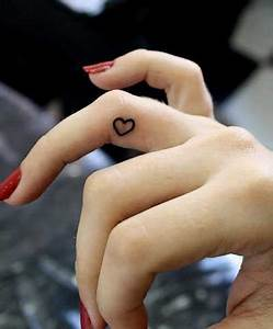 Finger Tattoo Herz : fotos de tatuagens na m o significados desenhos fotos ~ Frokenaadalensverden.com Haus und Dekorationen