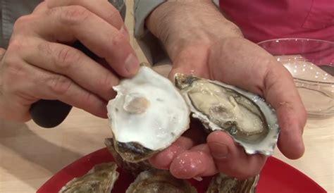 cuisiner des huitres comment préparer les huîtres pour les fêtes magazine