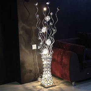 Lampadaire Salon Design : lampe sur pied moderne lampadaire design marchesurmesyeux ~ Preciouscoupons.com Idées de Décoration
