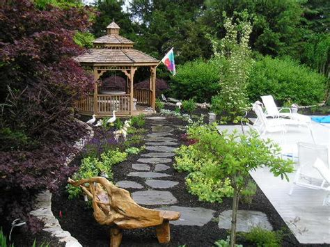 Inexpensive Backyard Landscaping by Best 25 Inexpensive Backyard Ideas Ideas On