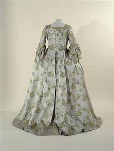 1564 best images about colonial 18th century style on With robe sac