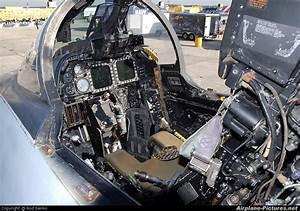 161159 - USA - Navy Grumman F-14D Tomcat at Pensacola ...