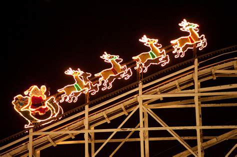 holiday lights amusing the zillion
