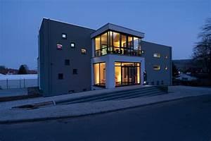 Lampenwelt Schlitz Jobs : lampenwelt office building schlitz deutschland b rogeb ude ~ Markanthonyermac.com Haus und Dekorationen