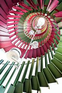 Star Stairs Treppen : best 25 stair art ideas on pinterest ~ Markanthonyermac.com Haus und Dekorationen