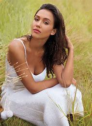 Jessica Alba InStyle Magazine