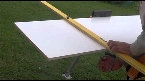 couper une planche melanine droite bois melamine