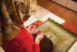 7637697-muslim-woman-i...