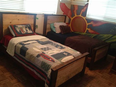 double kids pallet beds  pallets