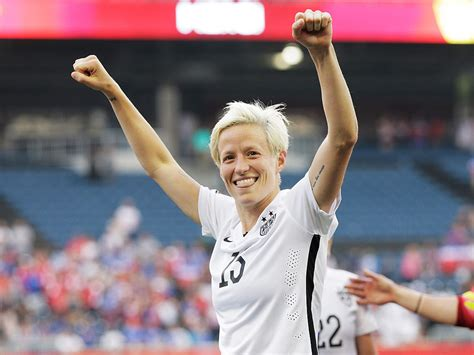 world cup star megan rapinoe engaged  girlfriend