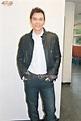 林偉跟無綫簽藝員合約三年 - 太陽報
