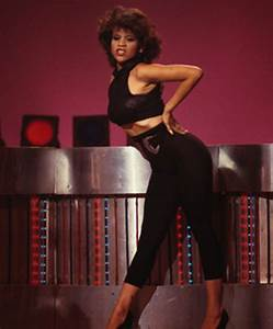 SoulTrain Dancer Rosie Perez Got Fired For Doing WHAT To ...