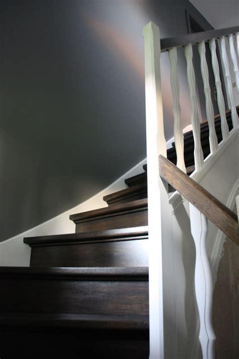 decoration d escalier interieur d 233 coration et architecture d int 233 rieur cage d escaliers lasure et peinture