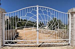 Wrought iron entrance gate Alberto Artuso – Corfu Architect