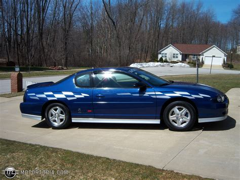 2003 Chevrolet Monte Carlo (w)  Pictures, Information And