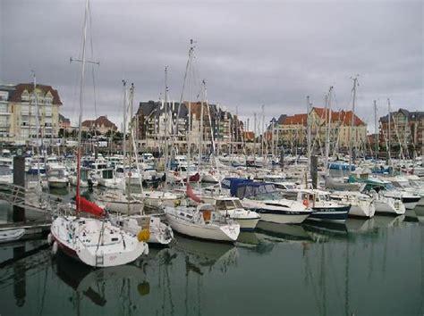 et vacances port guillaume harbour port guillaume