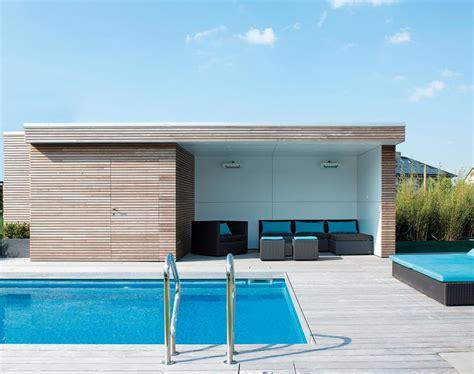 Moderne Poolhäuser by Pool House En Bois Moderne Livinlodge