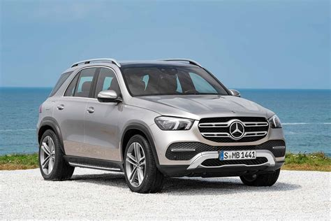 View similar cars and explore different trim configurations. New 2019 Mercedes-Benz GLE boasts 'extraordinary' comfort | Motoring Research
