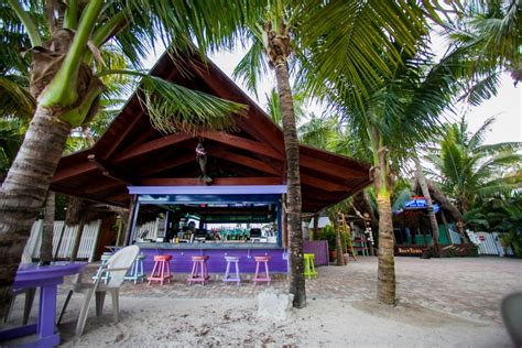 grouper square tiki jupiter bars bar inlet florida town around side outdoor located right jupiterhomesales tripadvisor thursday