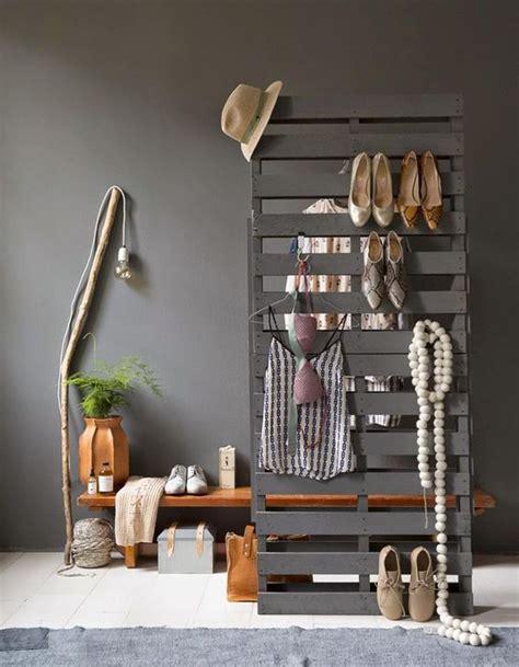 creer des meubles avec des palettes la palette en bois dans tous ses 233 tats d 233 coration