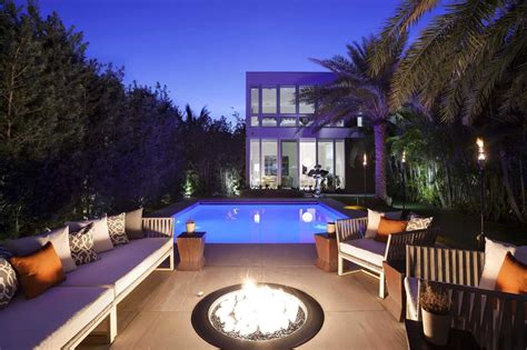 fully automated oceanfront florida house  amazing lighting   sale