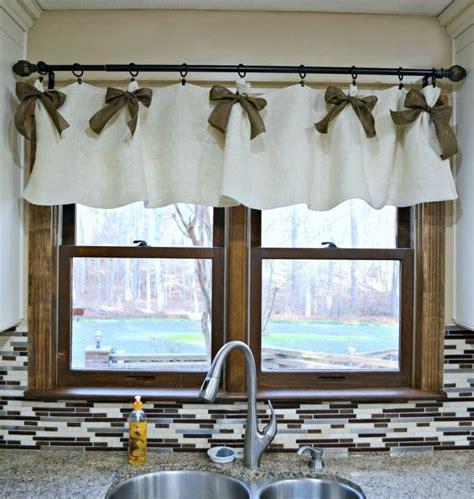 Kitchen Curtains Valances by Best 10 Kitchen Window Valances Ideas On