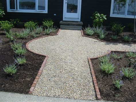 gravel sidewalk ideas pea gravel walkway bordered with brick backyard patio pinterest