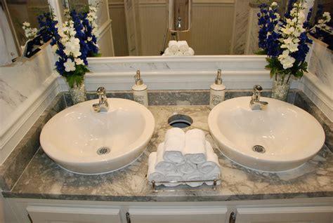 rental bathrooms for weddings events no maintenance