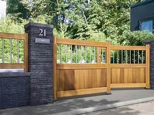 un portail pour tous les styles maison travaux With bois pour portail exterieur