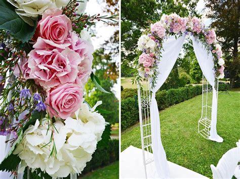 rosenbogen outdoor wedding ideen zur dekoration des