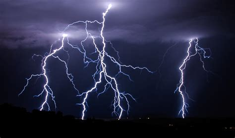 woman killed  lightning strike khmer times
