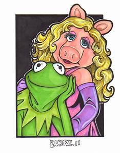 Miss Piggy And Kermit Cartoon