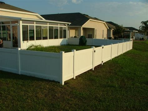 Vinyl Fence Project Gallery