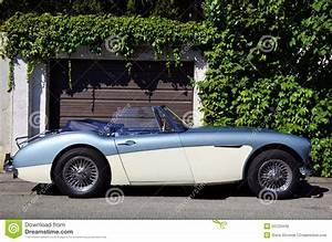Austin Voiture Neuve : voiture d 39 oldtimer d 39 austin healey 3000 image stock ditorial image 50120449 ~ Gottalentnigeria.com Avis de Voitures