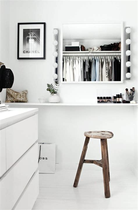 Closet In by 30 Chic And Modern Open Closet Ideas For Displaying Your