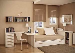 Farbbeispiele Für Schlafzimmer : kleines schlafzimmer mit dachschr ge gestalten ~ Sanjose-hotels-ca.com Haus und Dekorationen