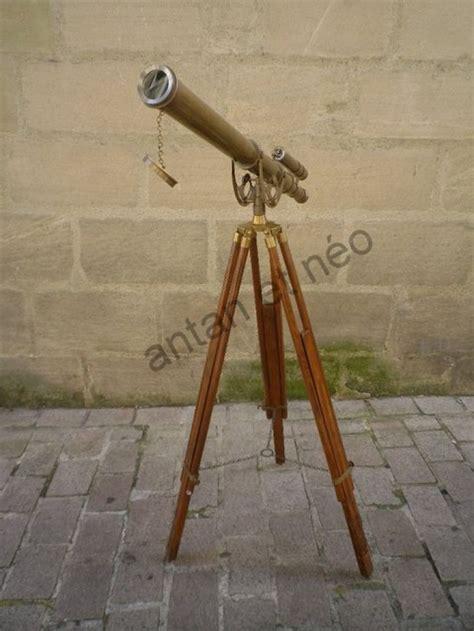 pendulette de bureau télescope longue vue sur trépieds laiton et bois boutique