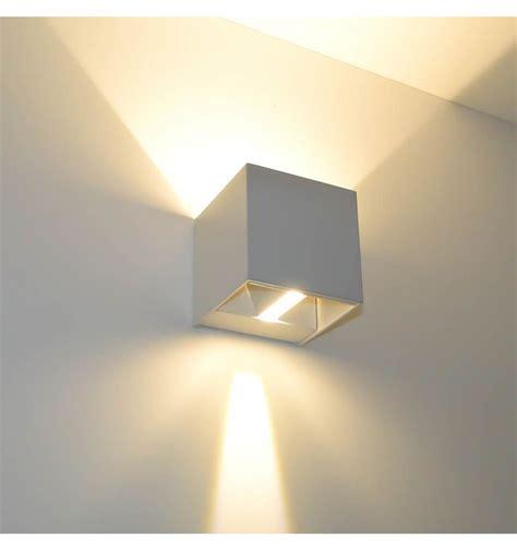 applique murale blanche led design quot cubic quot kosilum salles 224 manger lights