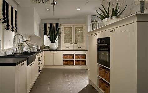 Traditional Kitchen With A Modern Twist Contemporary