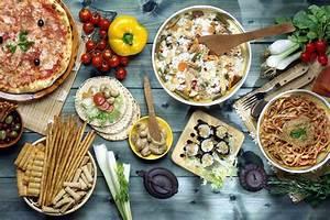 Mediterranean Diet Could Save Your Brain  Study Finds