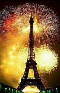 Eve Paris : new year 39 s eve in paris pandoraloves eiffeltower fireworks happy new year pinterest ~ Buech-reservation.com Haus und Dekorationen