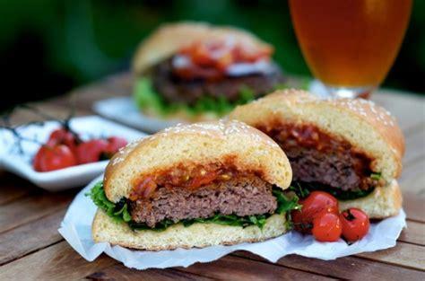 cuisiner un hamburger cuisiner des hamburgers c 39 est fait maison
