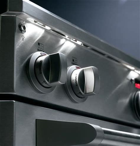 zdpndpss monogram  dual fuel professional range   burners  griddle natural gas