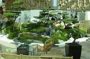 Hausgartenlebench bauen wohnen garten familienleben for Garten planen mit deko bonsai kunststoff